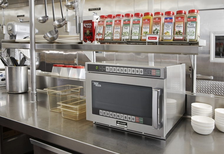 R-CD1200M Commercial Microwave Oven